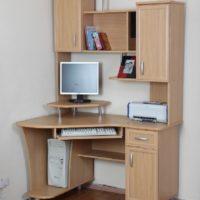 Компьютерные столы